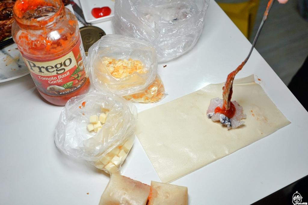 『懶人。料理』 鱸魚義式紅醬乳酪千張|芷要上菜 氣炸鍋出好料  減醣好朋友千張創意料理  結合義式紅醬的鱸魚 這樣吃超爽口。