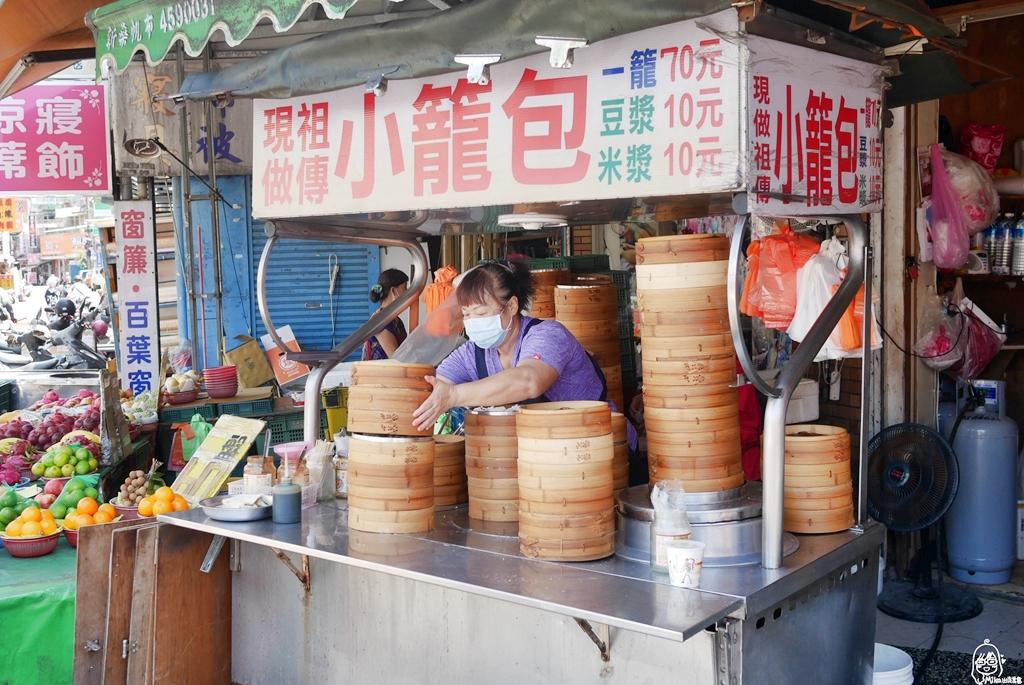 『桃園。中壢』 現做祖傳小籠包|忠貞市場內推薦必吃  傳統古早味 老麵發酵  軟Q有嚼勁  一顆7元熱賣數十年。