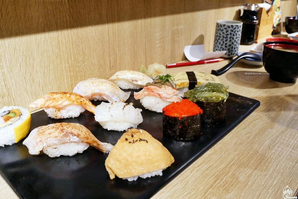沙鹿 忍者壽司|光田醫院周邊美食推薦 新鮮魚貨  握壽司、 各式丼飯、烤物還有隱藏版料理。