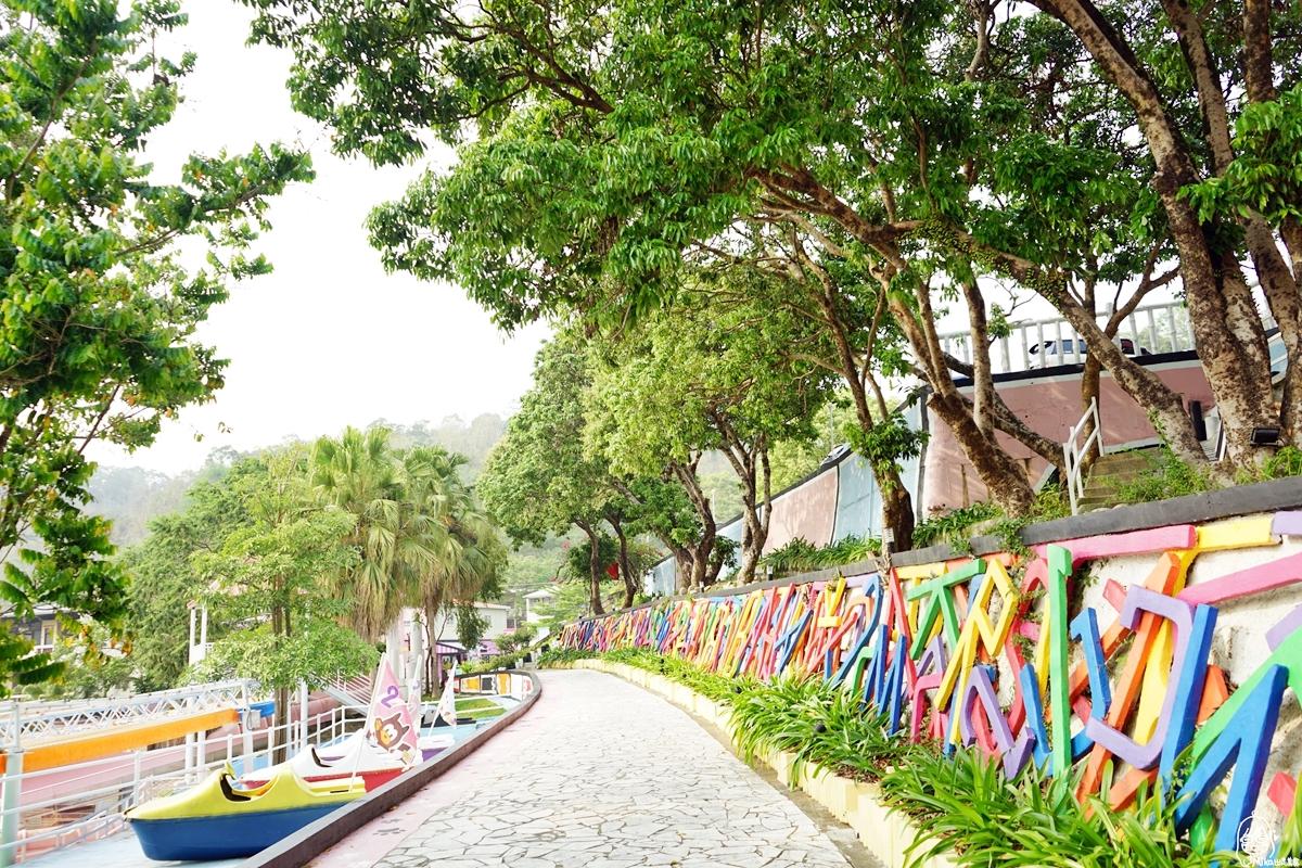 台中  大坑 HiONE World海灣樂世界之啵比星球園區|新開幕 全亞洲最大的親子寵物友善空間!占地近2萬坪 溫泉游泳池、七星級寵物旅館、寵物美容專區以及一泊三食 星空體驗六星級合掌村主題房豪華露營。