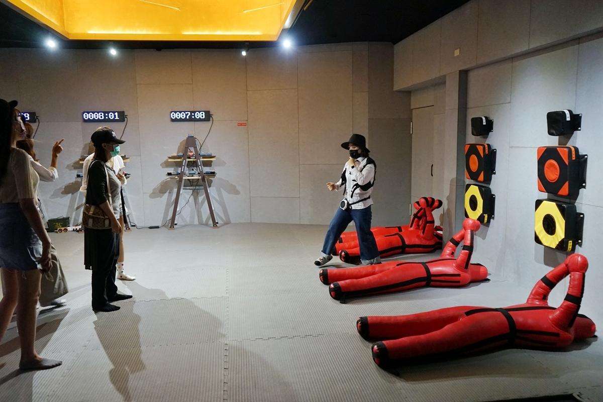 宜蘭 金特務007 KINGSPY|2021新景點推薦 室內雨天備案 全台唯一 特務養成訓練學校  一票玩到底的闖關遊戲  親子、朋友一起來cosplay特務好玩也好拍。