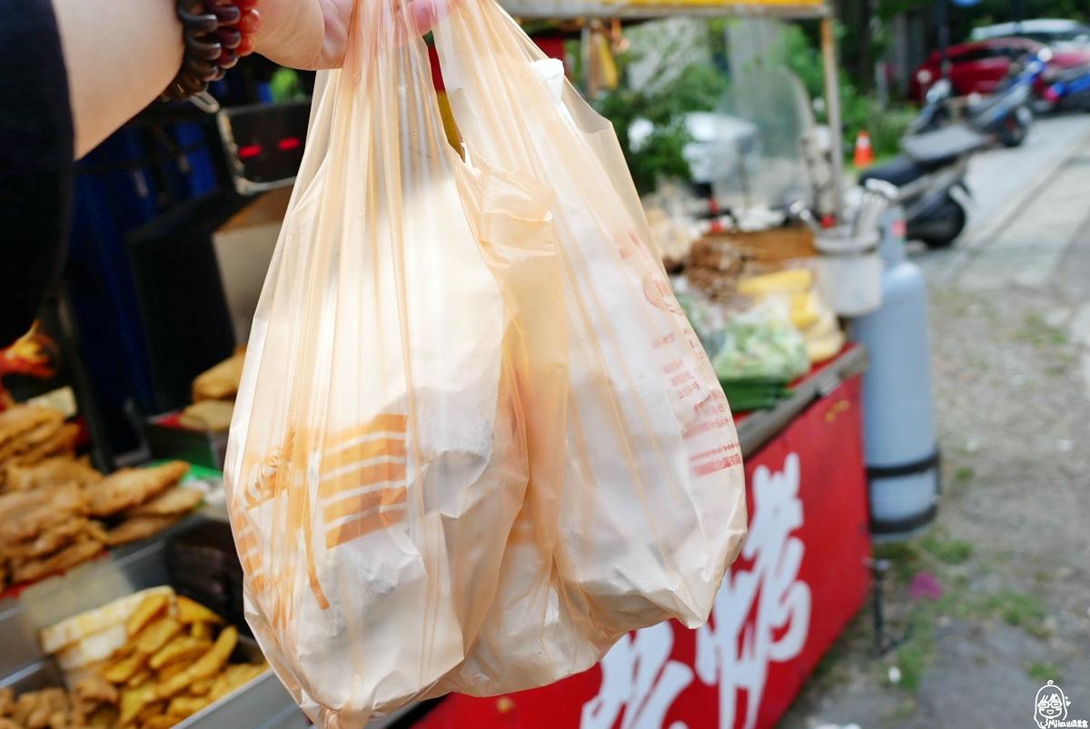 桃園後站 阿珠碳烤|裕園廣場內紅色貨櫃 傳承三代 假日限定 每週只開三天的40年以上碳烤老店。