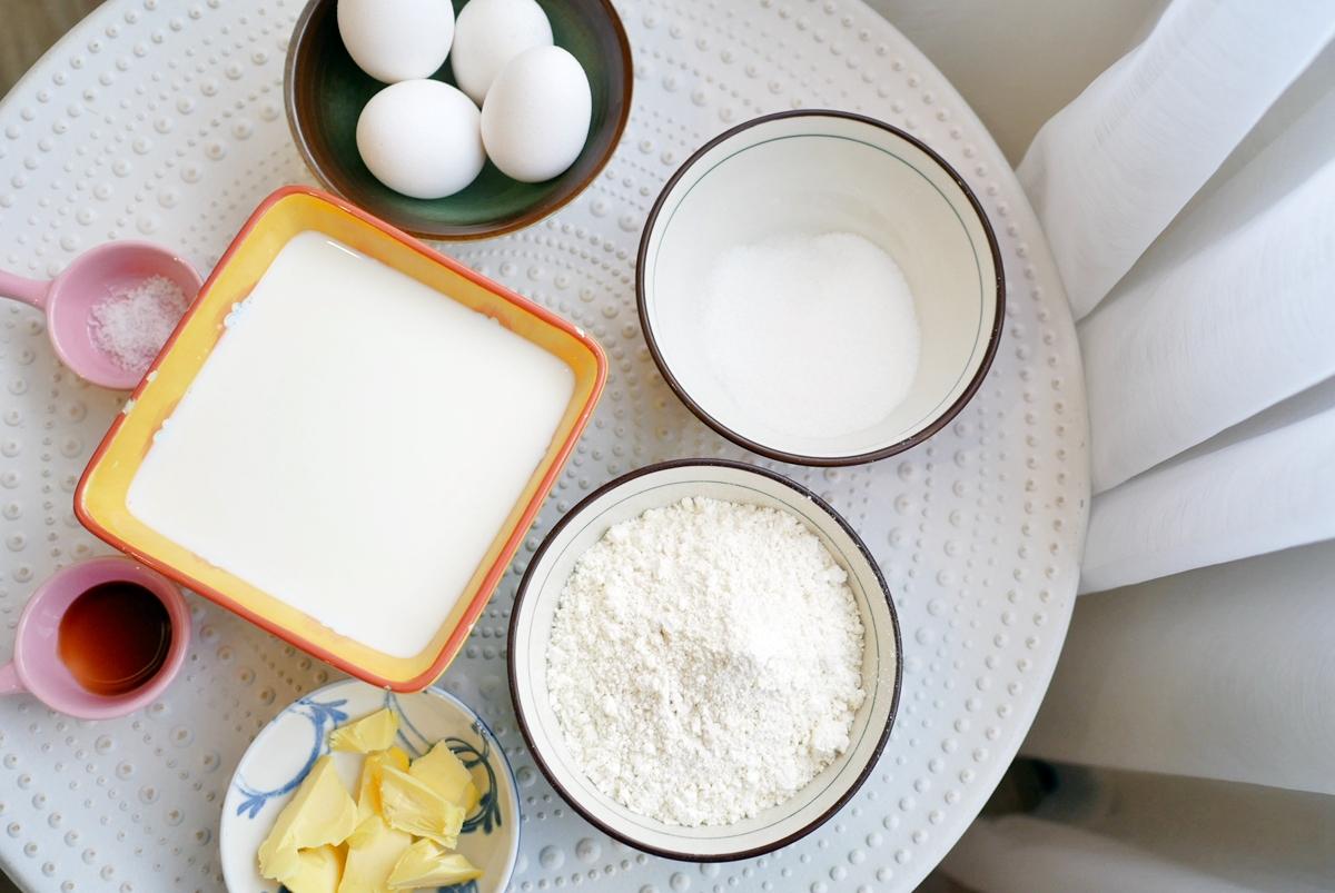 甜點。手作  法式水果千層蛋糕 鴨鴨 甜點烘焙食堂  只要有不沾平底鍋就能做出法式水果千層蛋糕 做法不難 只是真的很耗時。
