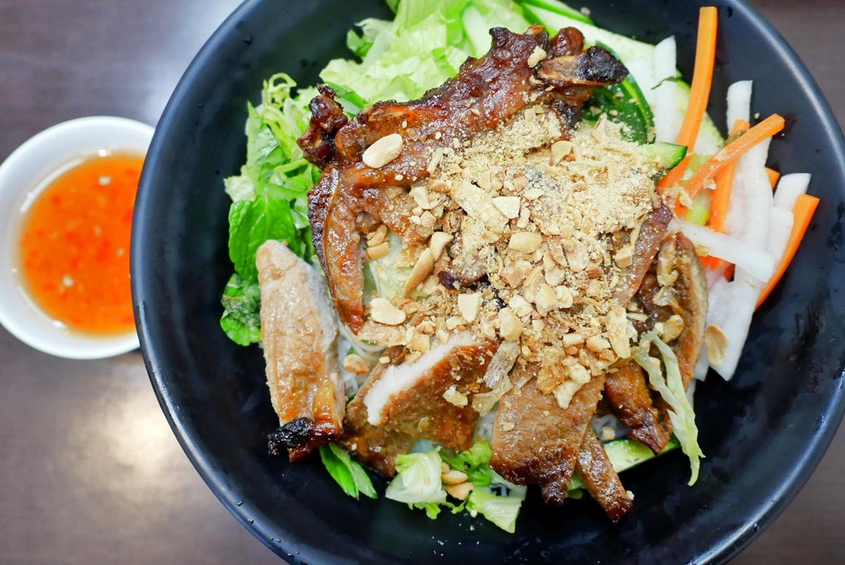 回香越南美食館