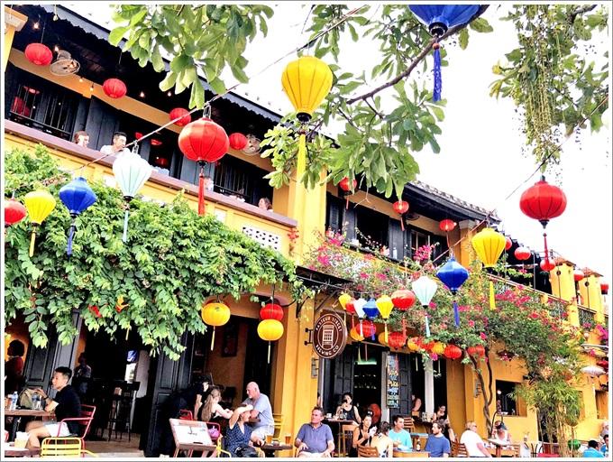 『越南。峴港』 會安古鎮特別篇,在1999年被列為「世界文化遺產」的會安古鎮絕對是來越南不可錯過的優質景點|2019.07.26峴港會安五日遊。