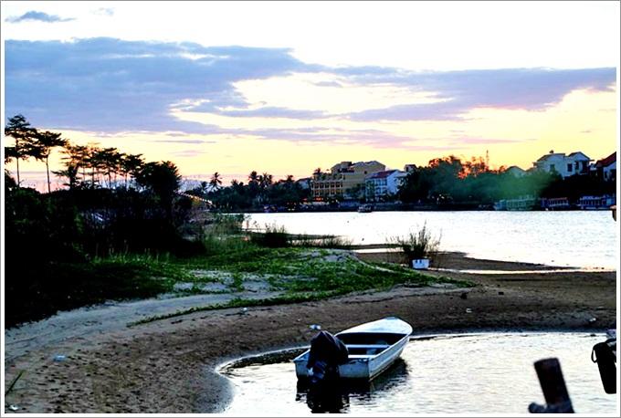 『越南。峴港』會安印象主題公園晚餐以及印象會安表演|會安五日遊Day1行程 – 夜晚入住超美會安棕櫚花園海灘SPA度假村!
