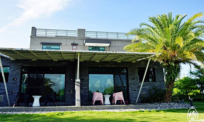 『宜蘭。五結』 傳藝渡假會館宜蘭民宿|湖畔釣魚、划船、綠地沙坑、單車漫遊,走入落羽松林間的靜懿幽雅Villa。