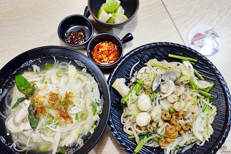 『台中。大里』 越南王 成功店|越南媳婦的在地料理開在台中 紅到變連鎖店  平價美味 份量大又超值,不過來這裡禁止減肥、打滾喔XDD。