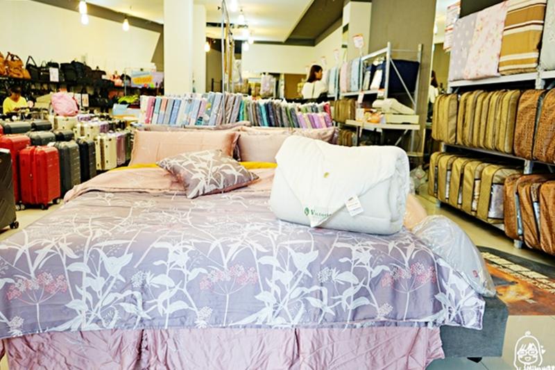 『新竹。東區』 專櫃五星寢具特賣會|保證比百貨公司週年慶還超值的寢具特賣會! MIT製造100%法國羊毛被 限量搶購1480元!台灣製中鋼彈簧 獨立筒床墊 只要3990元!100%天絲床包、床罩還有各種款式專櫃飯店用棉被、枕頭都大出清啦!