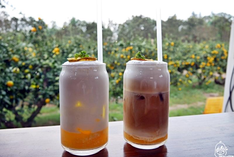 『韓國。濟州島』 Café Friends(카페프렌즈)|韓綜 咖啡之友拍攝地 橘子園裡的咖啡廳 超推陷入牛奶的橘子與早午餐甜點。|2019年1123-1126 濟州島四天三夜秋季輕旅行
