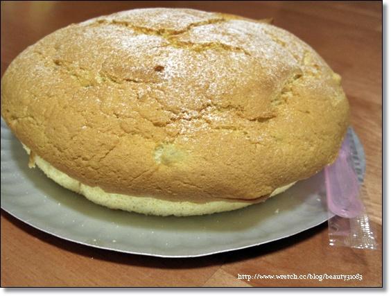 『團購美食』用真心來交陪的真材實料『萊緹芋頭波士頓派』 @Mika出走美食日誌