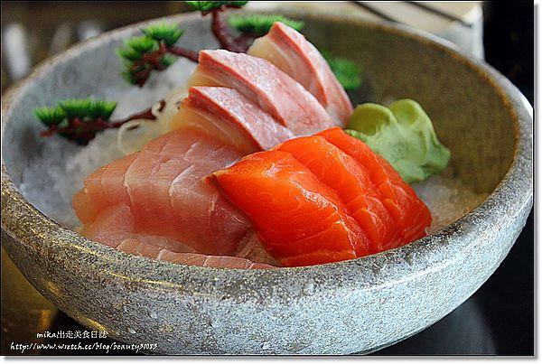 『新竹竹北』新鮮美味物超所值-東街日式創意料理 @Mika出走美食日誌